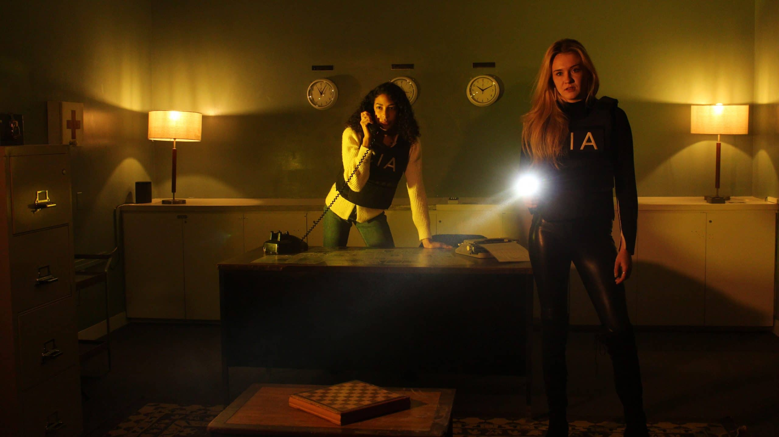 two players exploring the lost spy escape room